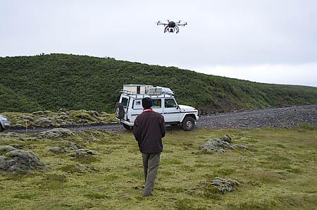 Island 57c Kopterfliegen