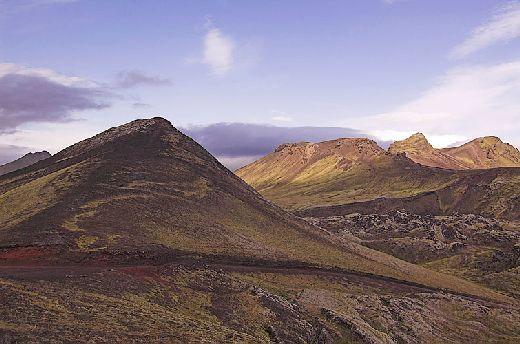 20070105143223_berge-landmannalaugar-weg.jpg