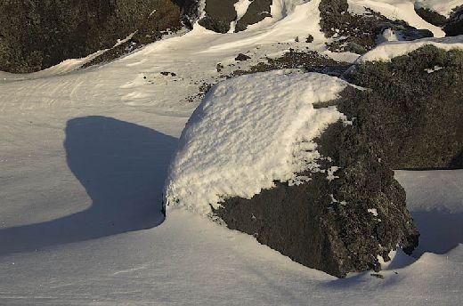 20070223150348_stein-schnee.jpg