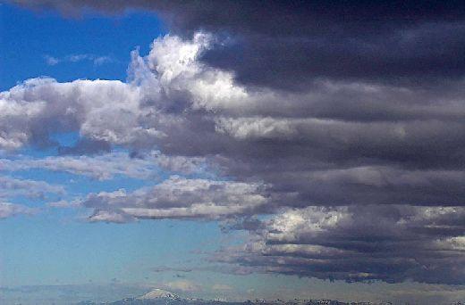 20070515151252_hekla-wolken.jpg